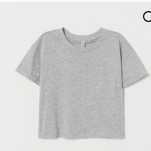 Divided crop top grey tee size L